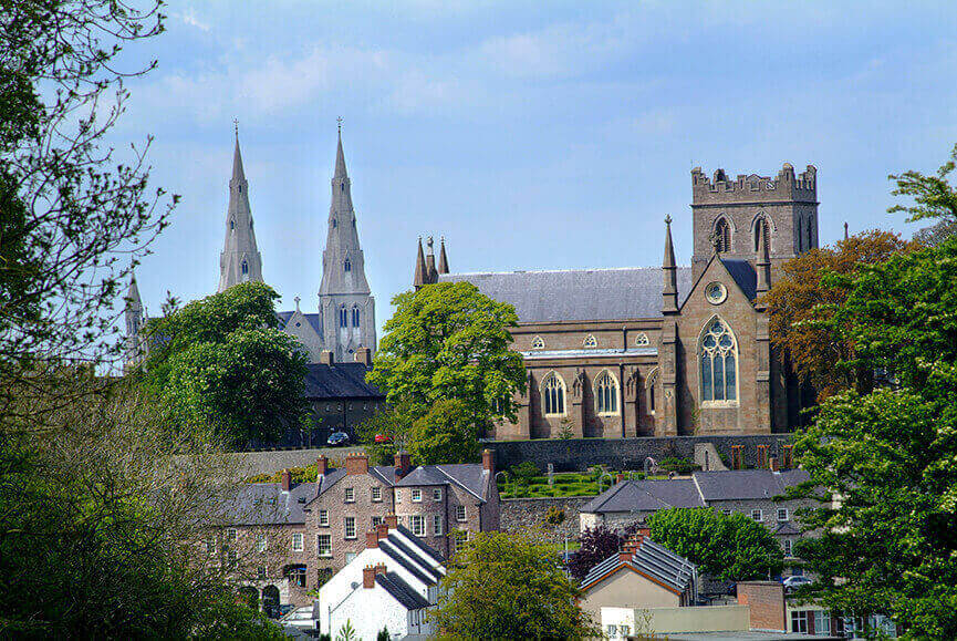 OGrady coaches and mini bus hire all inclusive mini tour to St Patricks cathederals in Armagh